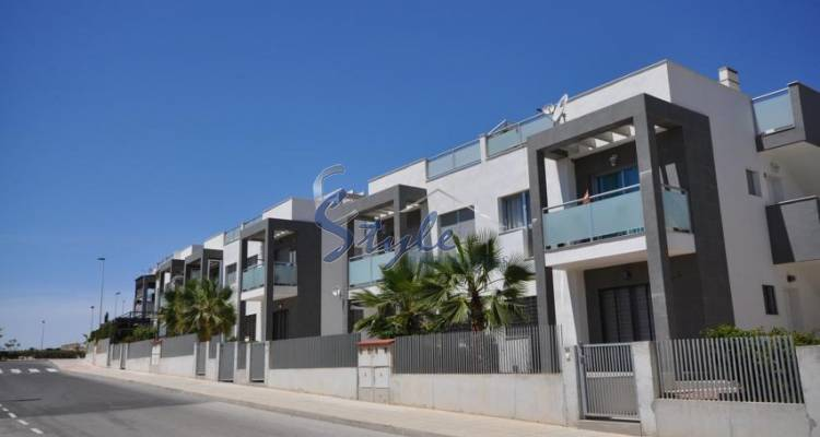 New apartments for sale in Punta Prima, Costa Blanca, Spain ON366-1
